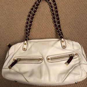 Authentic Gucci White bag w/ stripe in gold chain